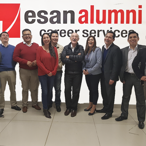 EsAN ALUMNI red